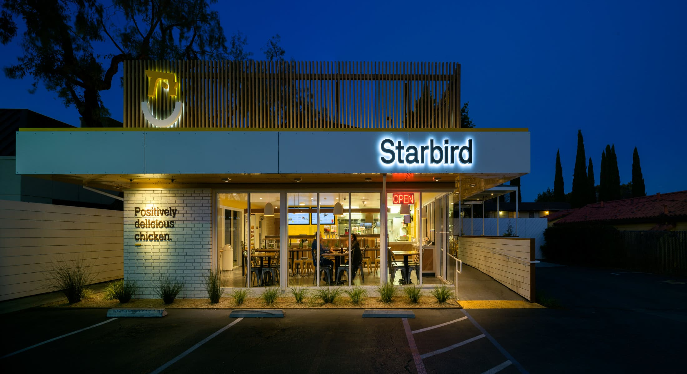 rsz_21064_starbird_chicken_restaurant_sunnyvale_commercial_architecture_photography-pano